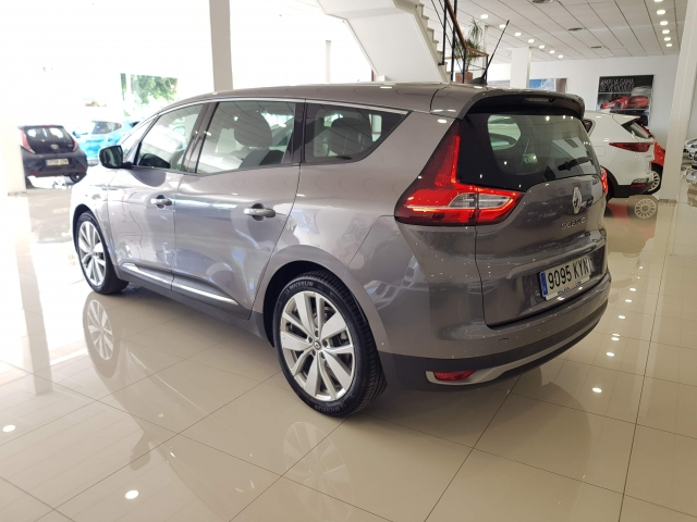 RENAULT GRAND SCENIC Limited TCe 103kW 140CV EDC GPF for sale in Malaga - Image 3