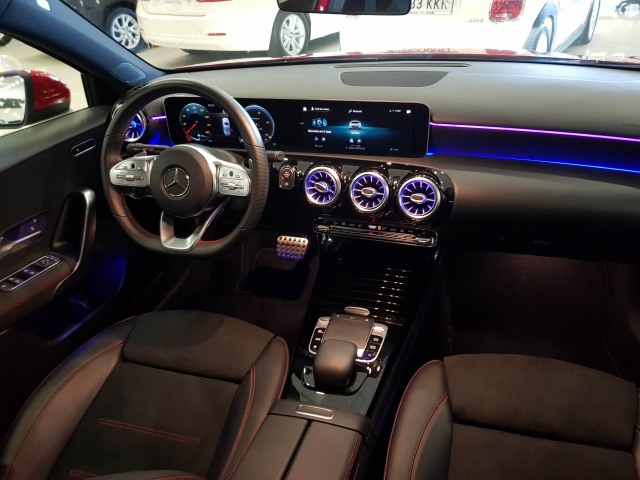 MERCEDES BENZ CLASE A A 180 for sale in Malaga - Image 8