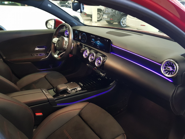 MERCEDES BENZ CLASE A A 180 for sale in Malaga - Image 9