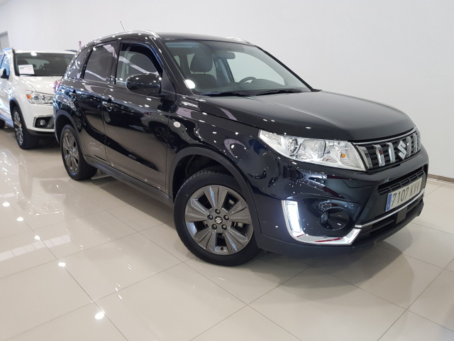 SUZUKI VITARA  GLE 1.0 111CV for sale in Malaga - Image 1
