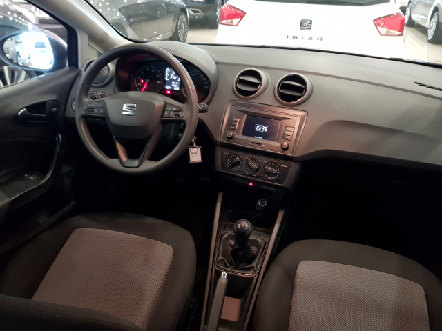 SEAT IBIZA  1.0 75cv Reference Plus 5p. for sale in Malaga - Image 7