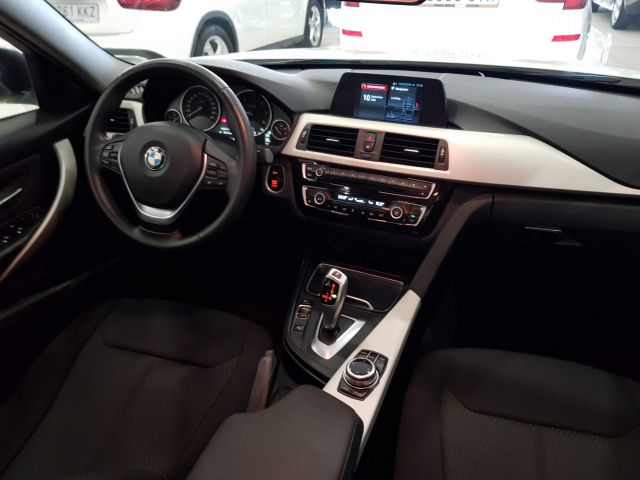 BMW SERIE 3  318d 4p. for sale in Malaga - Image 7
