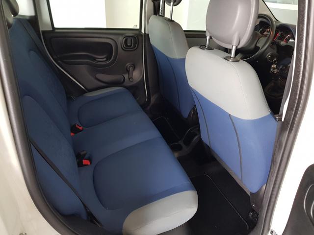 FIAT PANDA  1.2 Lounge 69cv 5p. for sale in Malaga - Image 6
