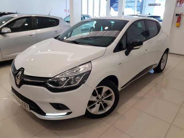 RENAULT CLIO  Limited 1.2 16v 75 Euro 6 5p. for sale in Malaga - Image 2