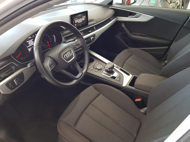 AUDI A4  2.0 TDI 150CV S tronic Advanced ed 5p. for sale in Malaga - Image 9