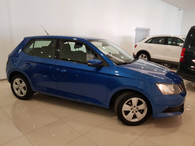 SKODA FABIA  1.0 MPI 75cv Ambition 5p. used car in Malaga