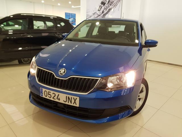 SKODA FABIA  1.0 MPI 75cv Ambition 5p. for sale in Malaga - Image 2