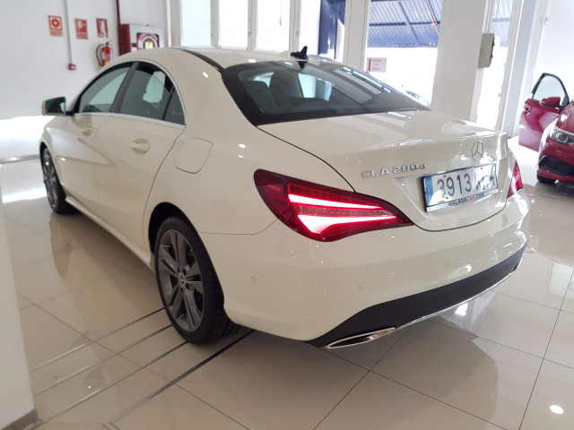 MERCEDES BENZ Clase CLA CLA 200 CDI for sale in Malaga - Image 3