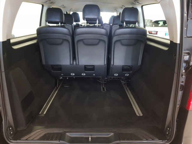 MERCEDES BENZ VITO  114 BT Tourer Select Extralarga 4p. for sale in Malaga - Image 5