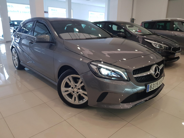 MERCEDES BENZ CLASE A A 200 CDI Urban 5p. for sale in Malaga - Image 1