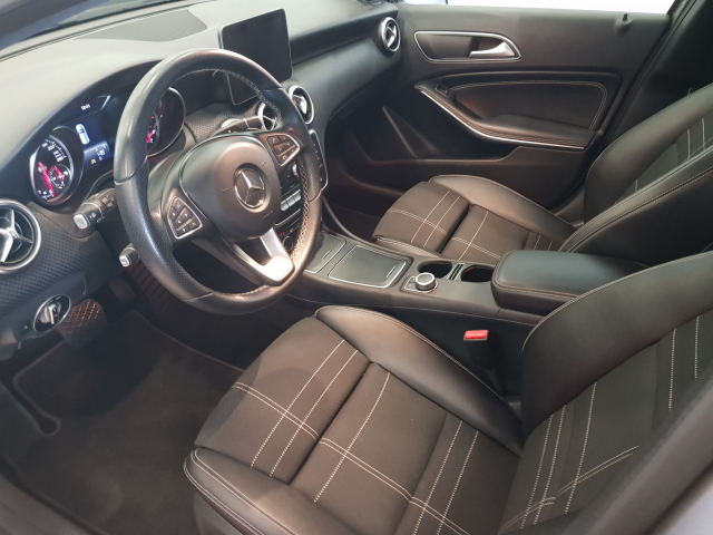 MERCEDES BENZ CLASE A A 200 CDI Urban 5p. for sale in Malaga - Image 10