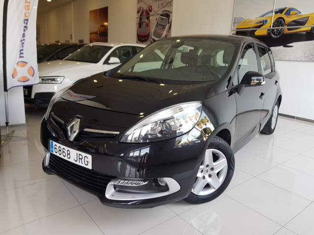 RENAULT SCENIC Scénic Selection dCi 95 eco2 5p. for sale in Malaga - Image 2