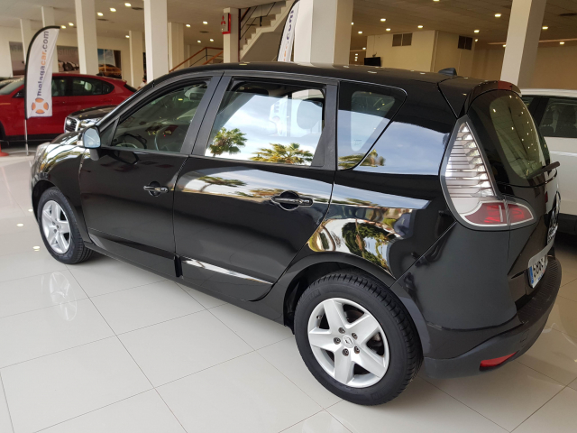 RENAULT SCENIC Scénic Selection dCi 95 eco2 5p. for sale in Malaga - Image 3