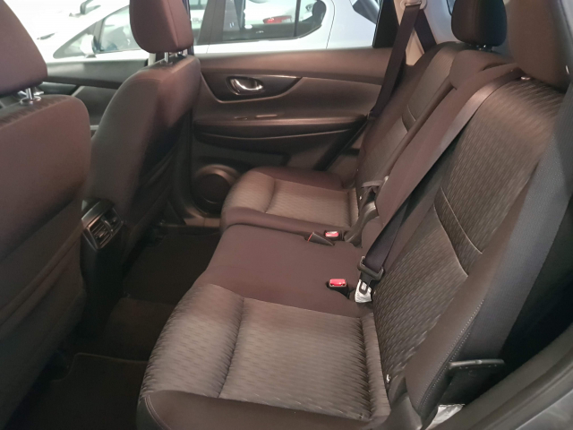 NISSAN XTRAIL X-TRAIL 2.0 dCi XTRONIC NCONNECTA 7 P 5p. for sale in Malaga - Image 5