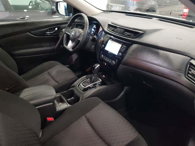 NISSAN XTRAIL X-TRAIL 2.0 dCi XTRONIC NCONNECTA 7 P 5p. for sale in Malaga - Image 8