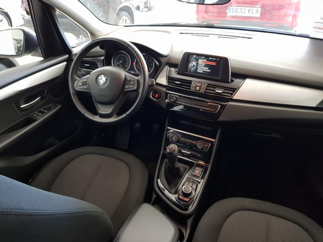 BMW SERIE 2 ACTIVE TOURER  216d 5p. de ocasión en Málaga - Foto 7