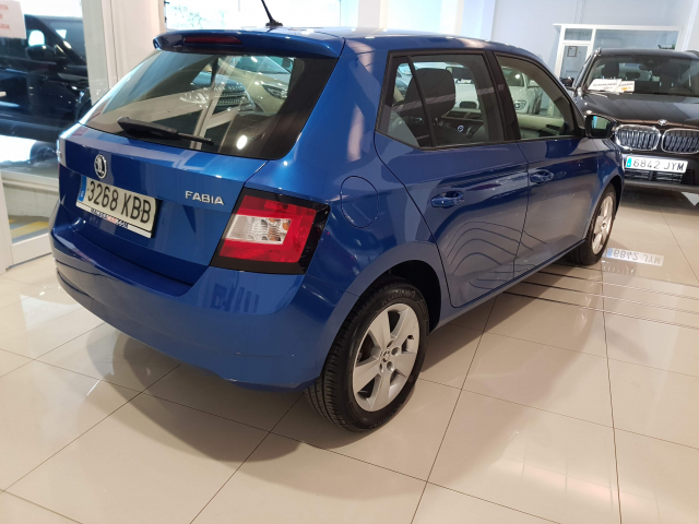 SKODA FABIA  1.2 TSI 90cv Like 5p. for sale in Malaga - Image 4