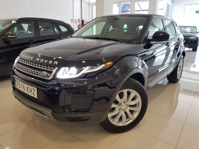 LAND-ROVER RANGE ROVER EVOQUE  2.0L TD4 Diesel 150CV 4x4 SE 5p. for sale in Malaga - Image 2