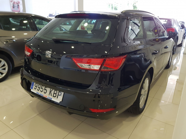 SEAT LEON León ST 1.2 TSI 81kW 110CV StSp Reference plus5p. for sale in Malaga - Image 4
