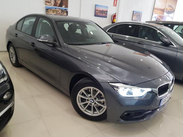 BMW SERIE 3  318d 4p. de ocasión en Málaga - Foto 1