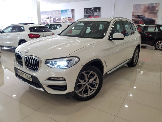 BMW X3  xDrive20d 5p. for sale in Malaga - Image 2