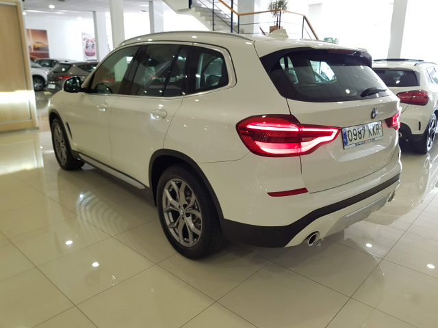 BMW X3  xDrive20d 5p. for sale in Malaga - Image 3