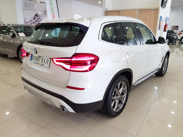 BMW X3  xDrive20d 5p. for sale in Malaga - Image 4