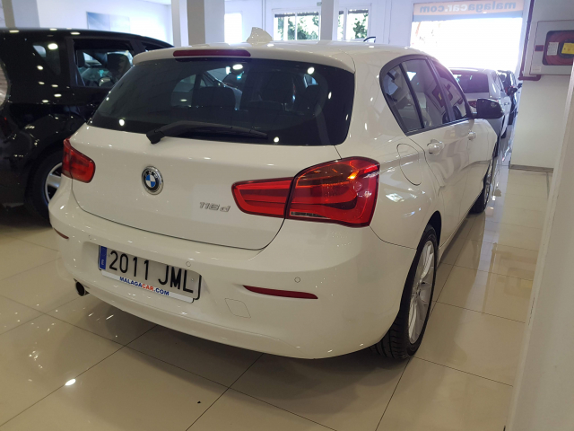 BMW SERIE 1  116d 5p. de ocasión en Málaga - Foto 4