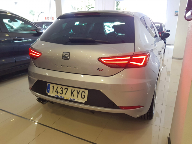 SEAT LEON León 1.5 TSI 110kW 150CV ACT StSp FR 5p. for sale in Malaga - Image 4