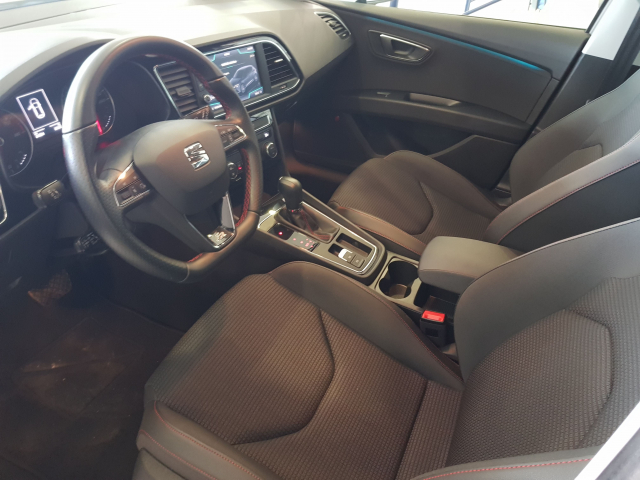 SEAT LEON León 1.5 TSI 110kW 150CV ACT StSp FR 5p. for sale in Malaga - Image 9