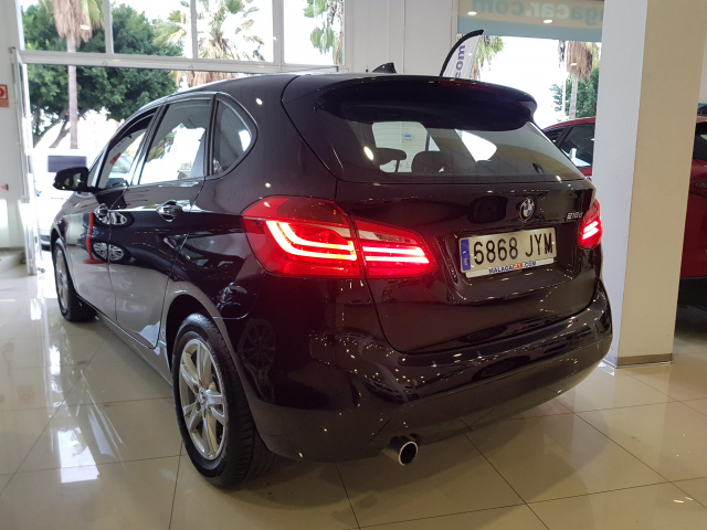 BMW SERIE 2 ACTIVE TOURER  216d 5p. for sale in Malaga - Image 3