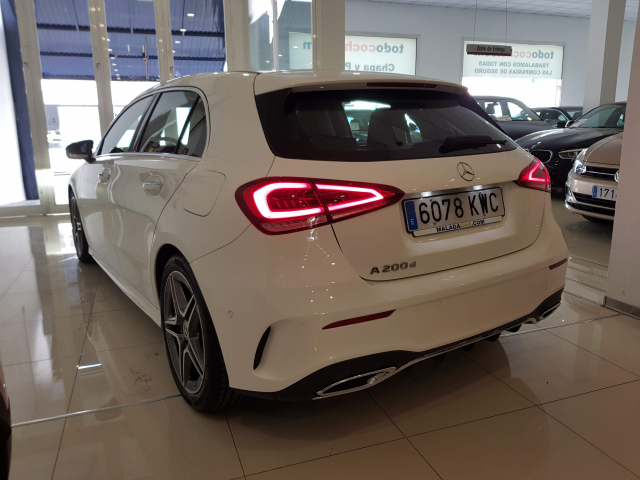 MERCEDES BENZ CLASE  A A 200 CDI AMG 5p. for sale in Malaga - Image 3