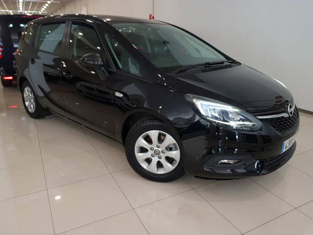 OPEL Zafira 1.4 T SS 103kW 140CV Selective 5p. for sale in Malaga - Image 1