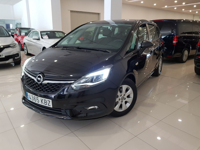 OPEL Zafira 1.4 T SS 103kW 140CV Selective 5p. for sale in Malaga - Image 2