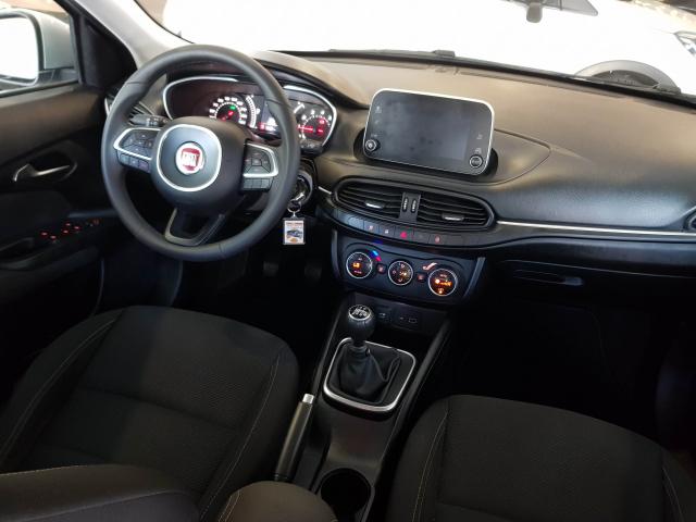 FIAT TIPO  1.4 16v Lounge 95 CV gasolina 5p. 5p. for sale in Malaga - Image 7