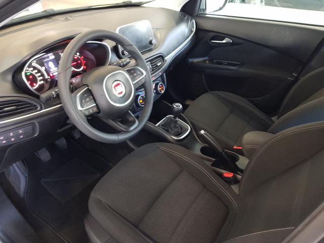 FIAT TIPO  1.4 16v Lounge 95 CV gasolina 5p. 5p. for sale in Malaga - Image 9