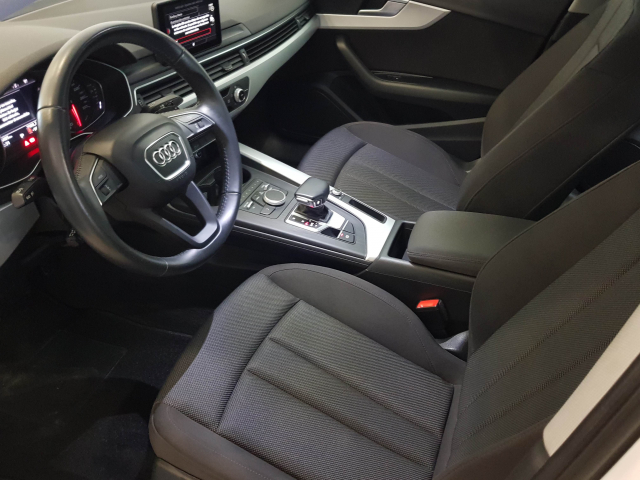 AUDI A4  2.0 TDI 150CV Advanced edition 4p. for sale in Malaga - Image 9