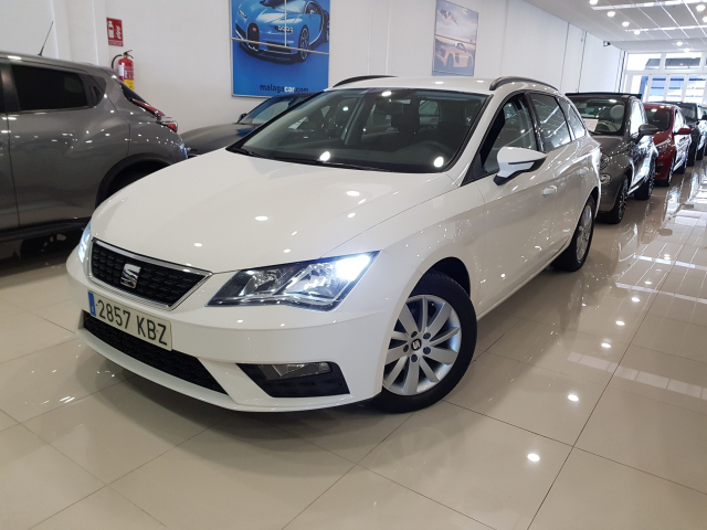 SEAT LEON León ST 1.2 TSI 81kW StSp Reference Plus 5p. for sale in Malaga - Image 2
