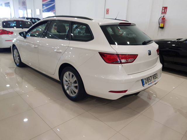 SEAT LEON León ST 1.2 TSI 81kW StSp Reference Plus 5p. for sale in Malaga - Image 3