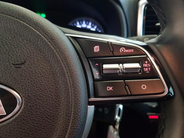 KIA SPORTAGE 1.6 CRDI VGT 115CV Drive 4x2 5p. for sale in Malaga - Image 13