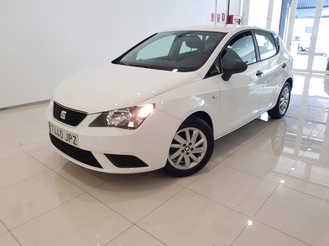 SEAT IBIZA  1.0 75cv Reference 5p. for sale in Malaga - Image 2