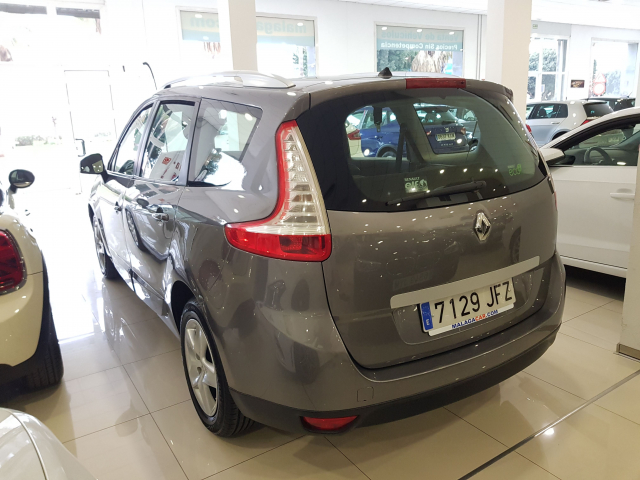 RENAULT GRAND SCENIC Grand Scénic SELECTION Energy dCi 110 eco2 7p Euro 6 5p. for sale in Malaga - Image 3