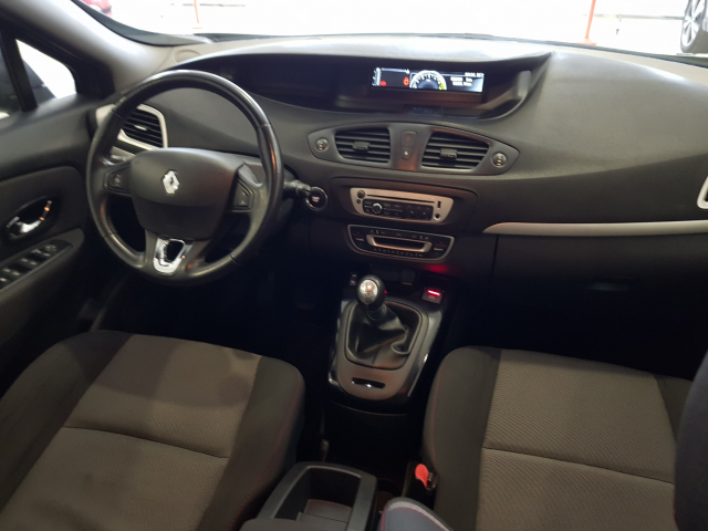 RENAULT GRAND SCENIC Grand Scénic SELECTION Energy dCi 110 eco2 7p Euro 6 5p. for sale in Malaga - Image 8