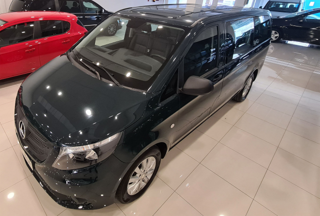 MERCEDES BENZ VITO  111 BT Tourer Select larga 4p. for sale in Malaga - Image 5