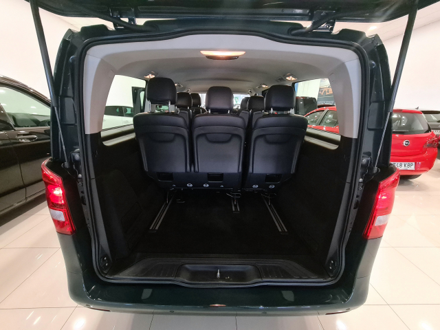 MERCEDES BENZ VITO  111 BT Tourer Select larga 4p. for sale in Malaga - Image 8
