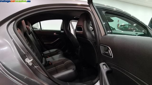 MERCEDES BENZ CLASE A  A 200 CDI BlueEFFICIENCY Urban 5p. for sale in Malaga - Image 11