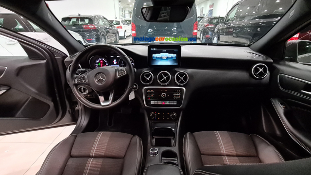 MERCEDES BENZ CLASE A  A 200 CDI BlueEFFICIENCY Urban 5p. for sale in Malaga - Image 12