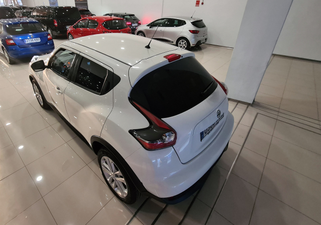 NISSAN JUKE  1.2 DIGT NCONNECTA 4X2 5p. for sale in Malaga - Image 5