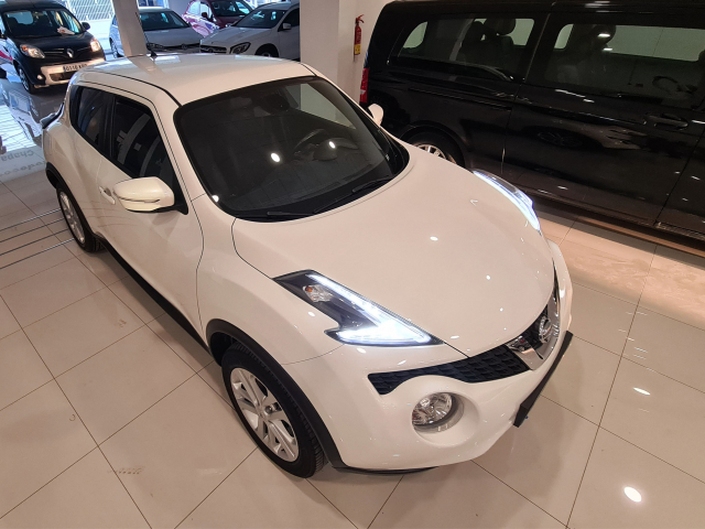 NISSAN JUKE  1.2 DIGT NCONNECTA 4X2 5p. for sale in Malaga - Image 6