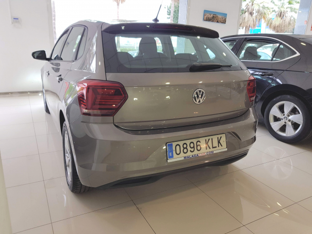 VOLKSWAGEN POLO  Advance 1.0 TSI 70kW 95CV 5p. for sale in Malaga - Image 3